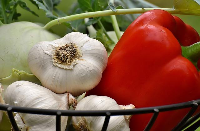 paprika, česnek a kedlub.jpg